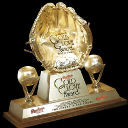 MAY07_CheckitOut_GoldGlove.jpg