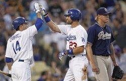 186100_Padres_Dodgers_Baseball.jpg