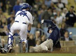 Imagen Thumbnail para padres_dodgers_baseball_lad108_796448805082010_t593.jpg